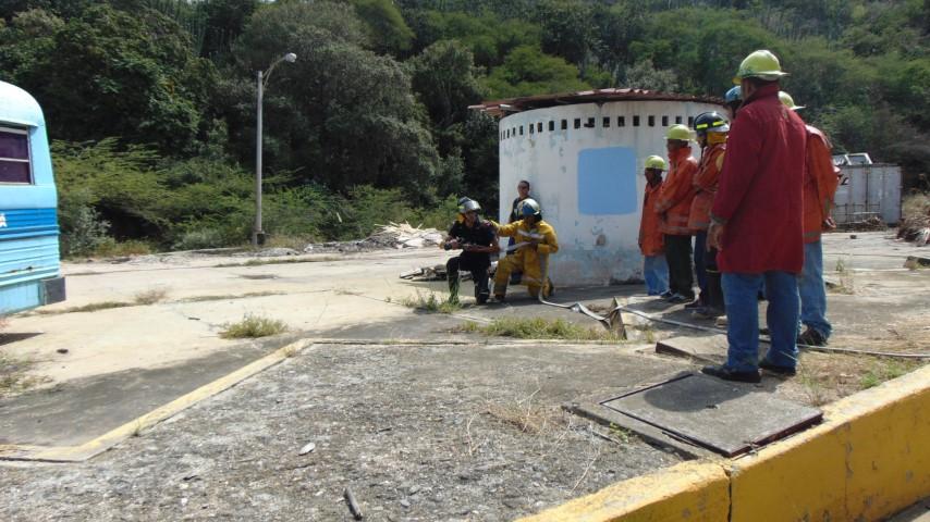 Personal y estudiantes UMC preparados ante emergencias de incendios
